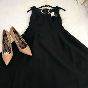 Banana republic little black dress 2